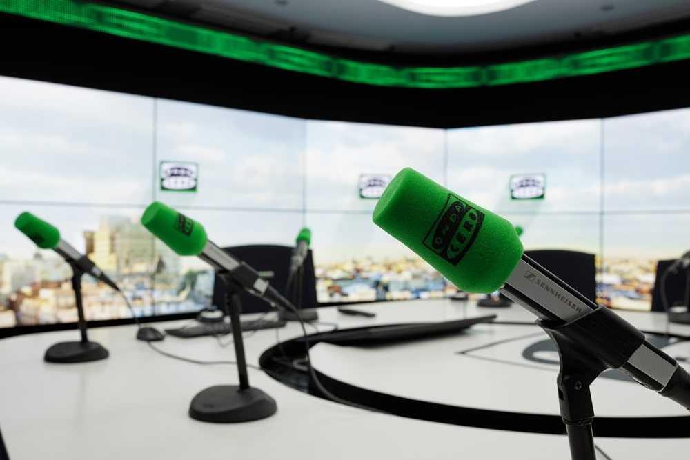 LOCUCIÓN AUDIOVISUAL EN RADIO Y TELEVISIÓN.