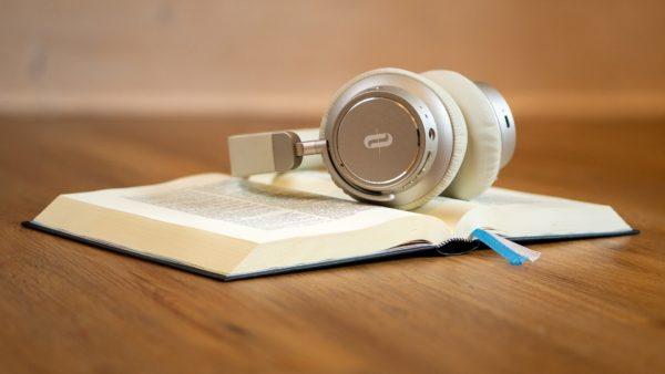 Locución de Audiolibros